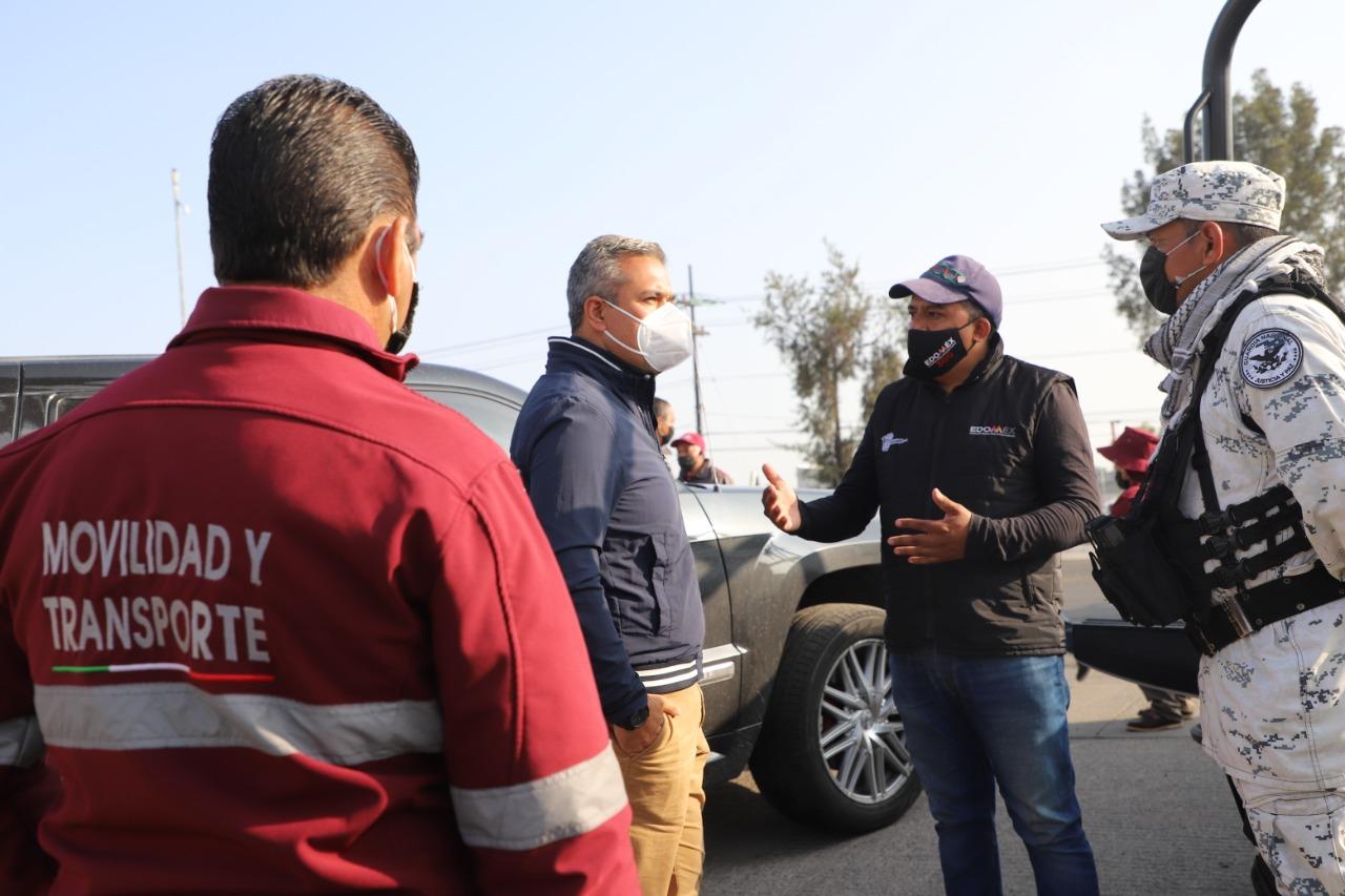 Autoridades de Ecatepec retiran tianguis de autos de Venta de Carpio, uno de los más grandes del país, para evitar ilícitos y liberar vialidades