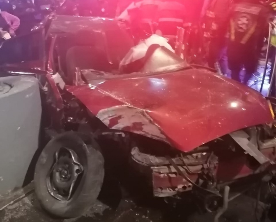 Dos muertos y 2 heridas saldo de fuerte accidente frente a Plaza Garibaldi