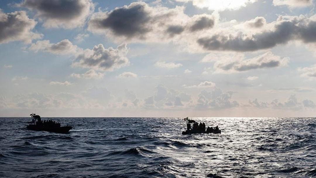 Localizan en el Mediterráneo un bote a la deriva con 52 personas