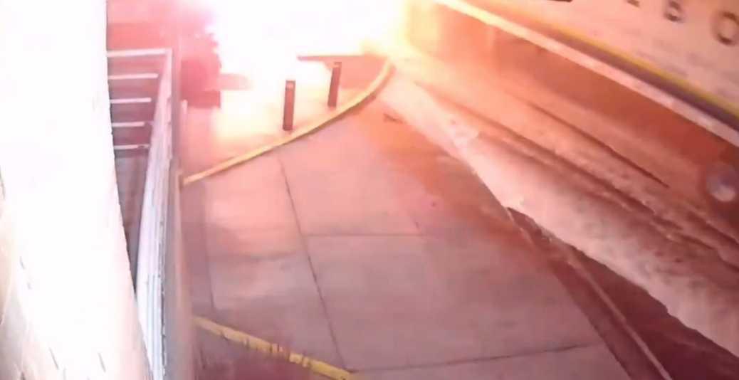 Aparece nuevo video de choque de tráiler en Eje Central en la CDMX