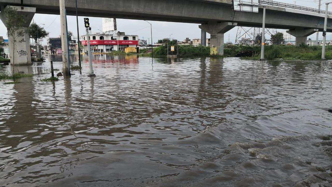 Lluvias inundan nuevamente a San Mateo Atenco