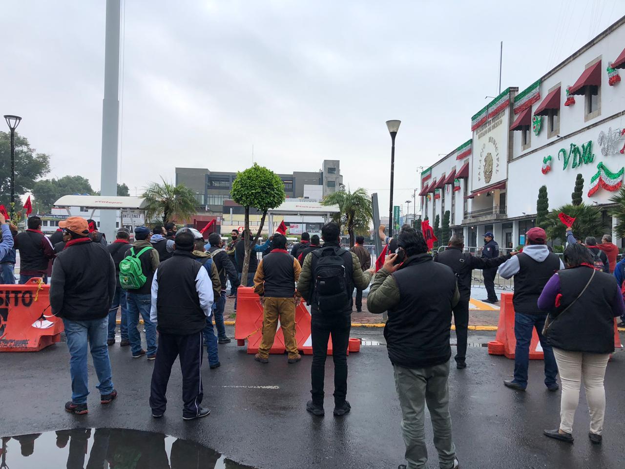 Lideresa de sindicato usa a trabajadores en plena pandemia para exigir mil 500 millones de pesos al gobierno de Ecatepec