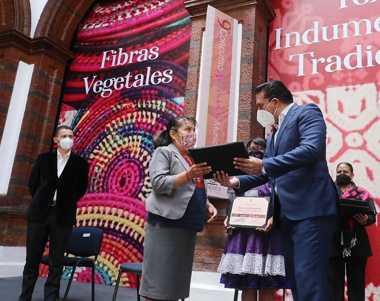 Toluca concede valor a las raíces con el 9º Concurso Artesanal Municipal 2020