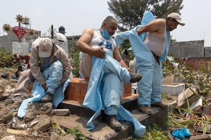 México llega a 70 mil 604 muertes acumuladas por COVID-19