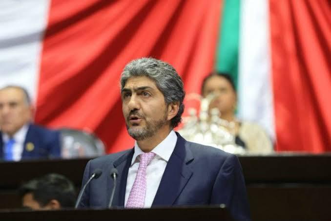 Ernesto Nemer solicitó licencia a la Cámara de Diputados