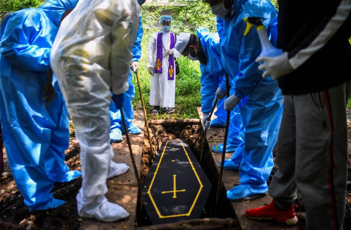 La Indiaregistró un nuevo récord en el número de muertes diarias porcoronavirus