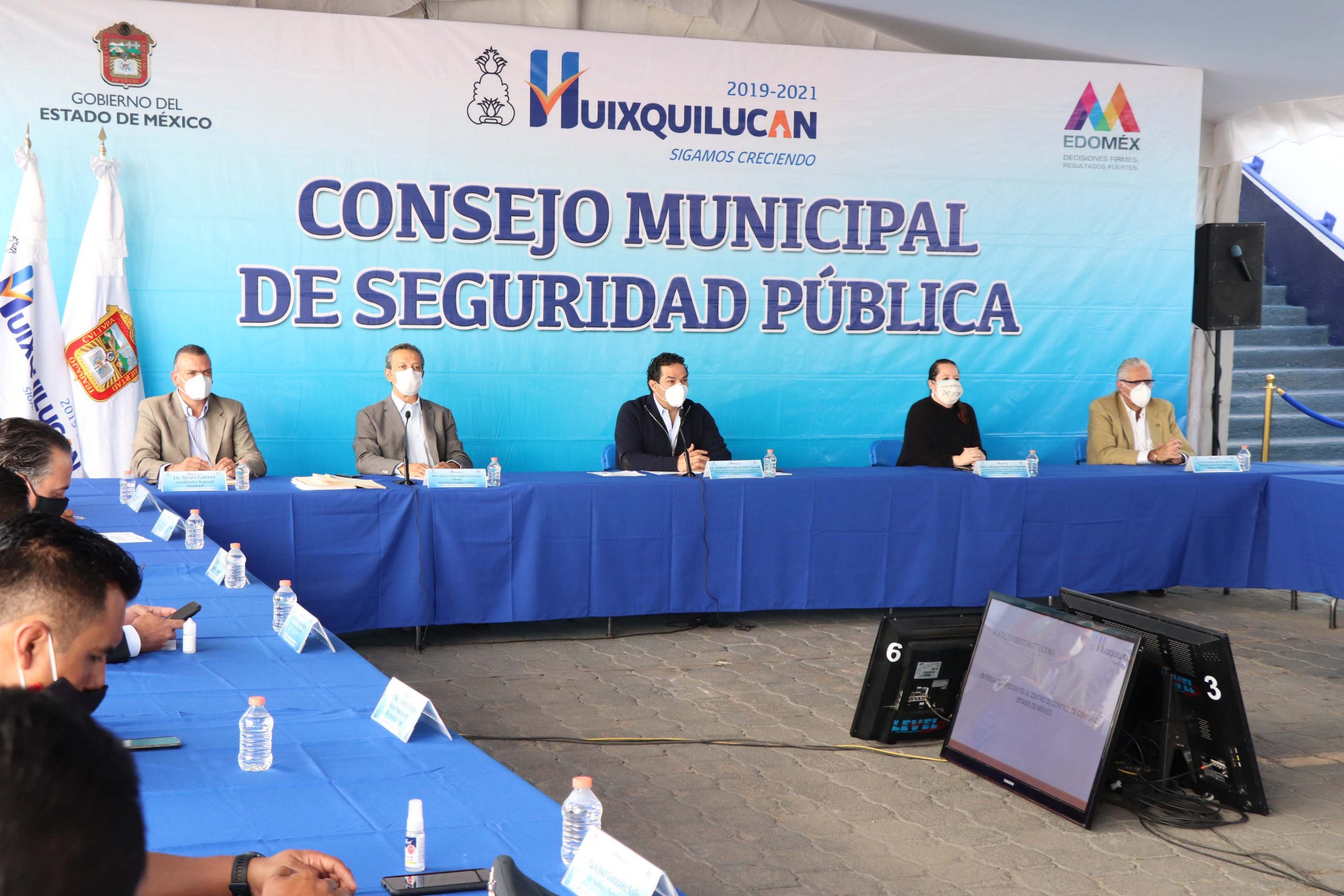 Cumple Huixquilucan con meta anual en evaluaciones de control de confianza