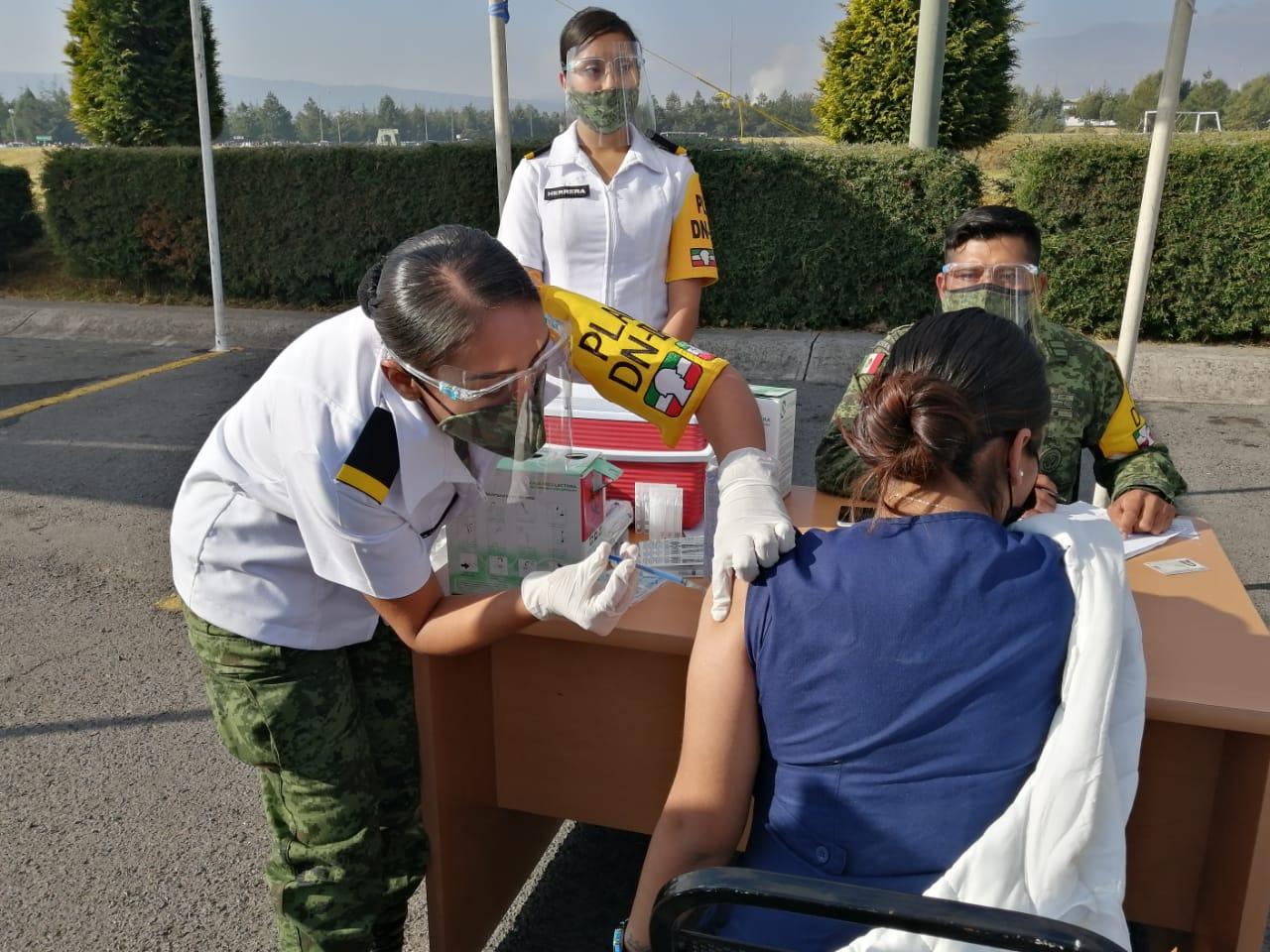 Admite AMLO influyentismo en familia de médico de Toluca vacunada contra Covid-19