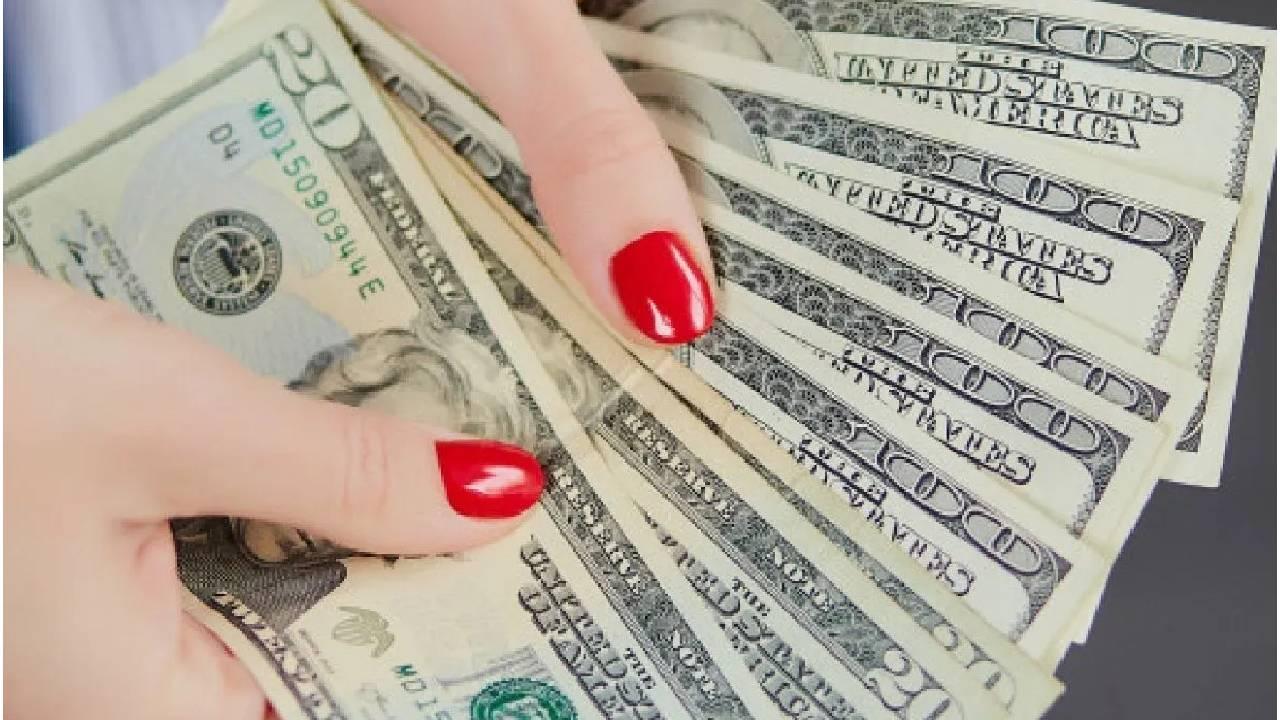 Es acusada mujer por gastar el préstamo de ayuda de covid-19 en objetos lujosos