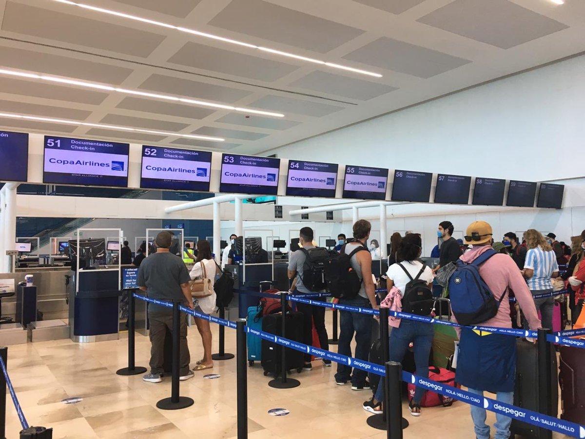 Llegan a Buenos Aires 44 pasajeros  con COVID-19 procedentes de Cancún