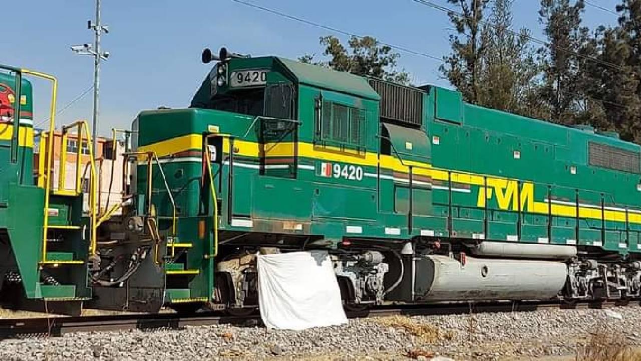 Indigente muere atropellado por tren en Nezahualcóyotl