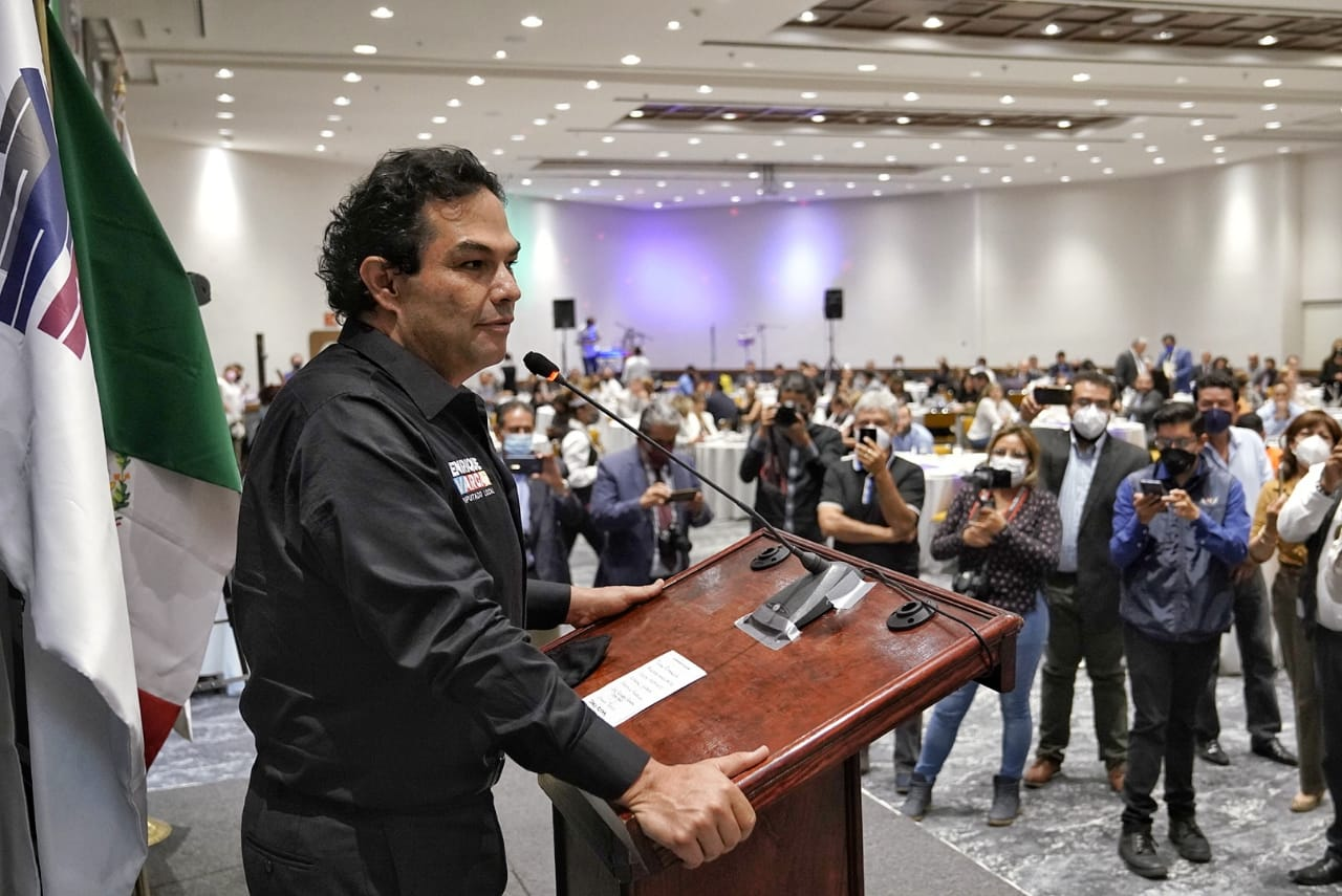 Enrique Vargas del Villar se reunió con la Asociación de Empresarios y Ciudadanos de México