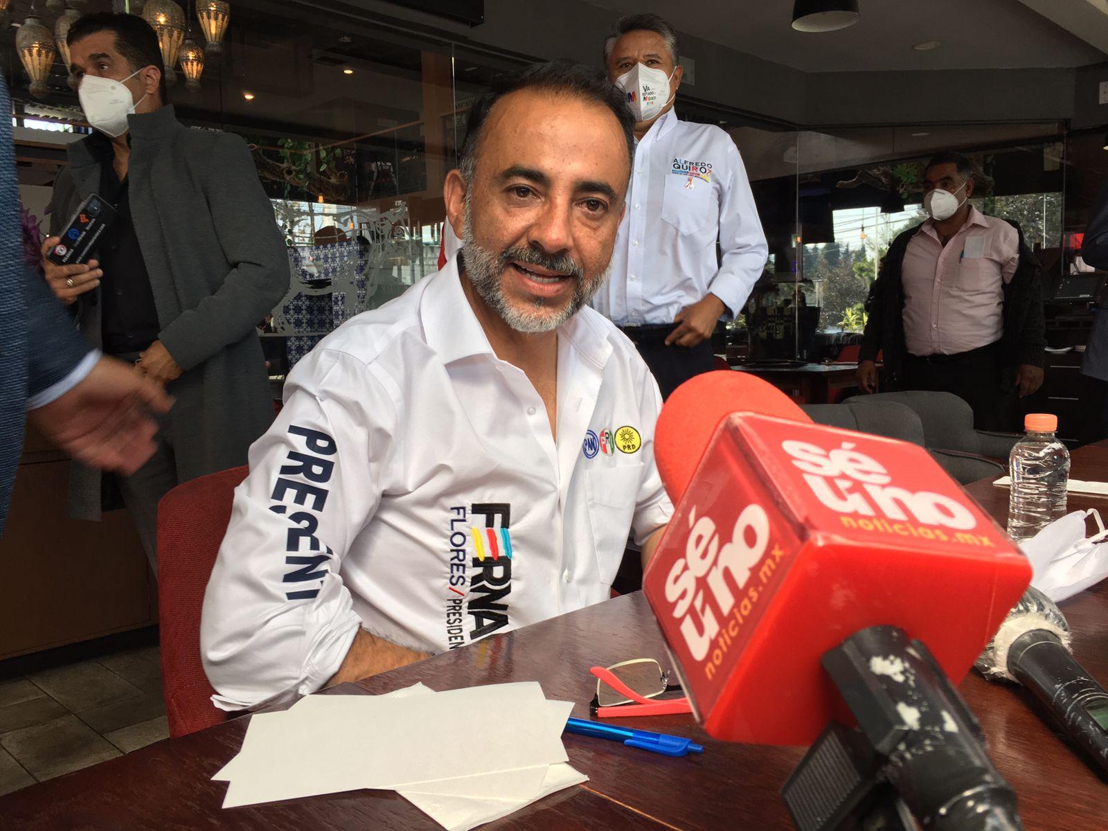 Fernando Flores responsabiliza a Gaby Gamboa por cualquier atentado