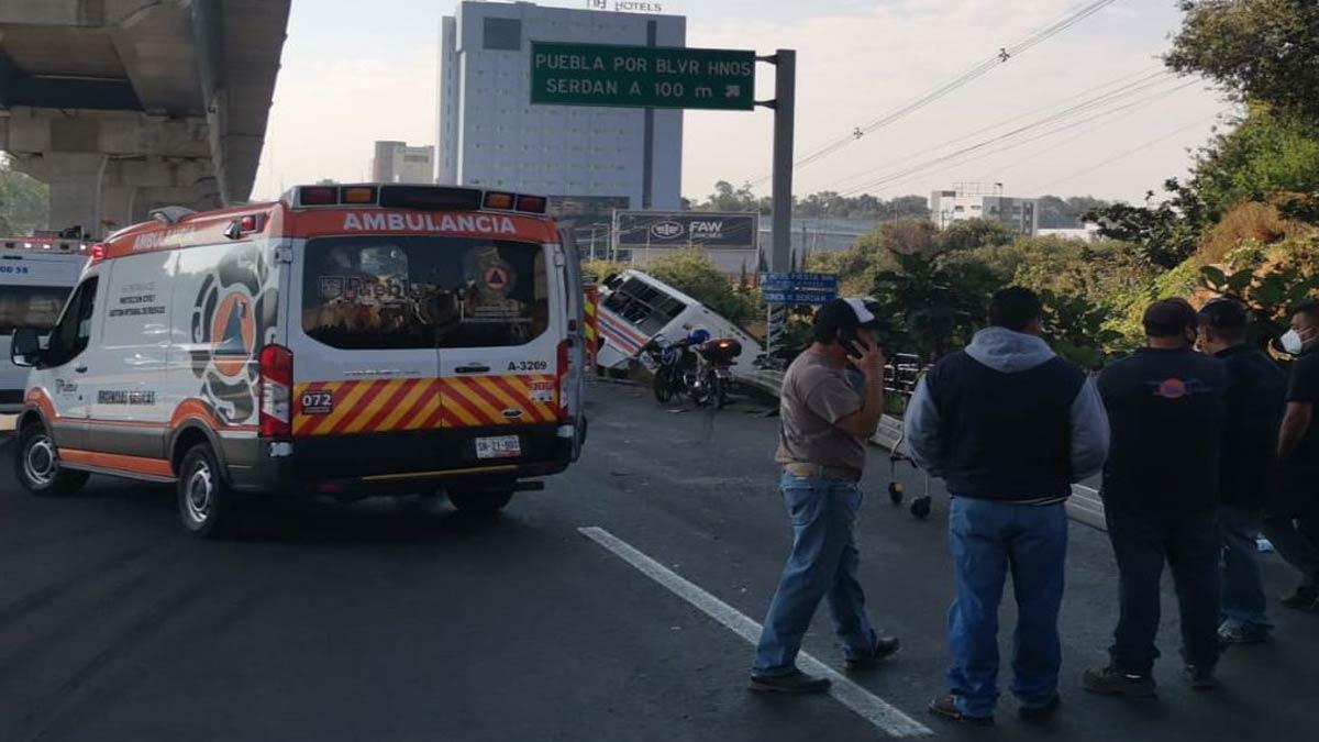¡Terrible! Al menos 20 heridos tras aparatoso accidente en la México-Puebla