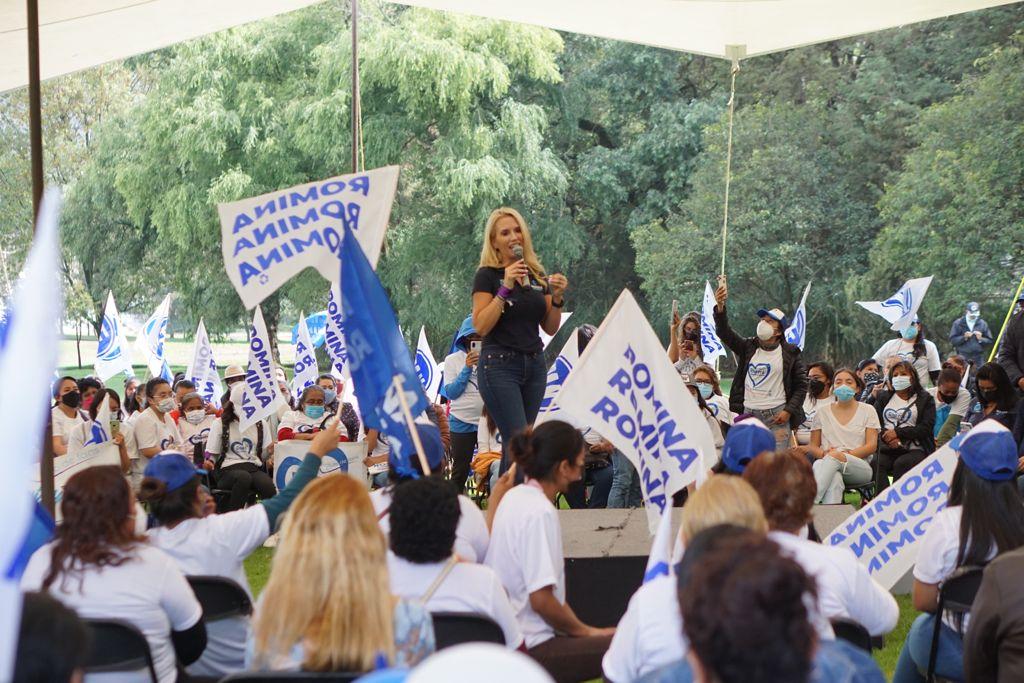 Se suman casi dos mil mujeres a la campaña de Romina Contreras en Huixquilucan
