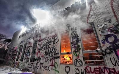 Por incendio en Fiscalía de Querétaro enfrentan proceso legal dos mujeres responsables