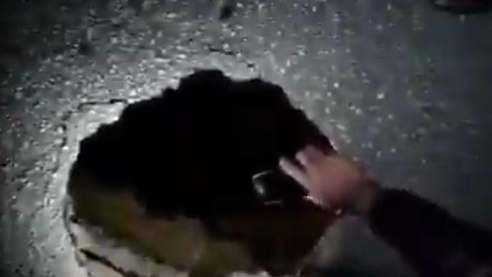 VIDEO: ¡Otro socavón! Ahora se formó en Chiapas y mide 8 metros de profundidad