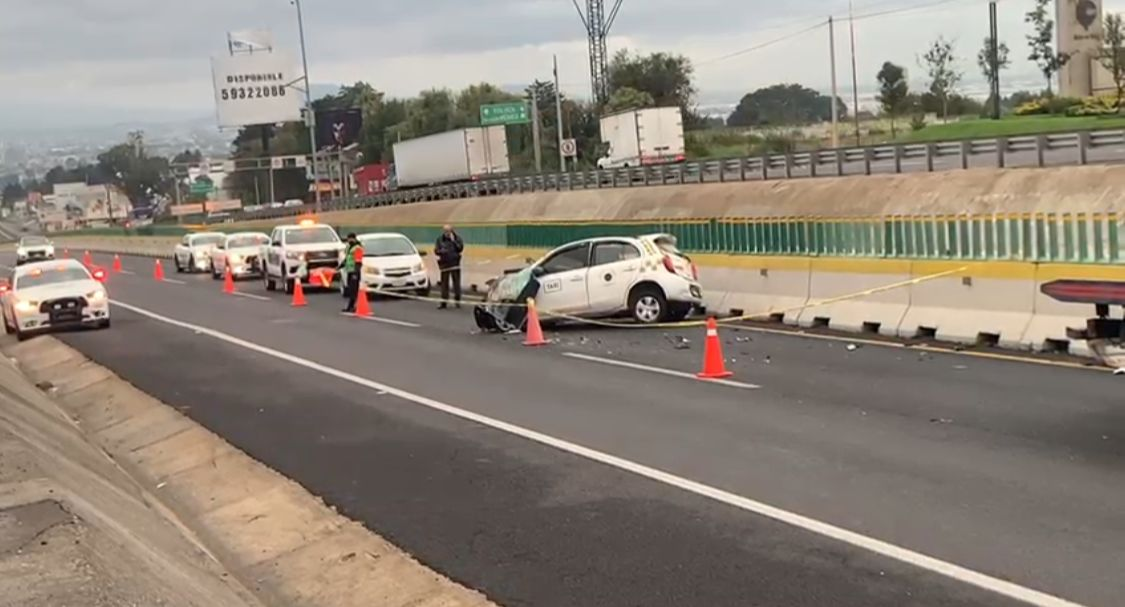 Muere acompañante de taxista en la México-Toluca