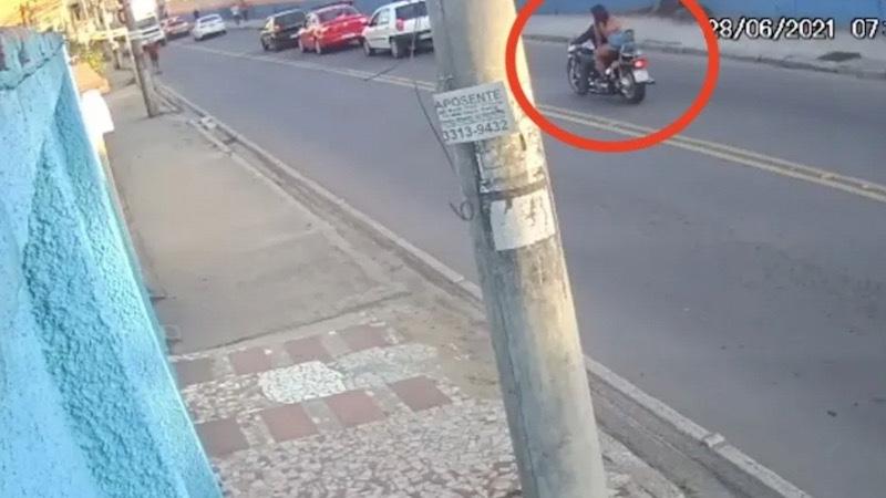 Impresionante #video de la forma en que murieron dos que viajaban en una moto