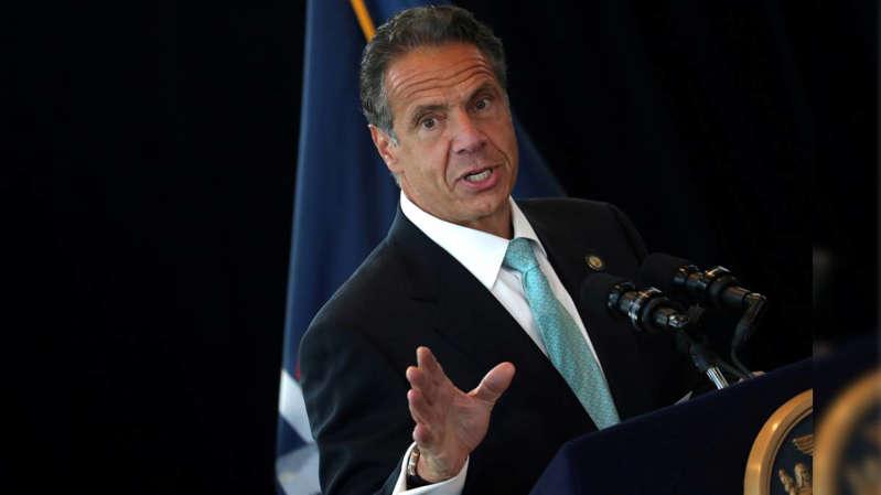 Gobernador de NY es acusado de acosar a mujeres