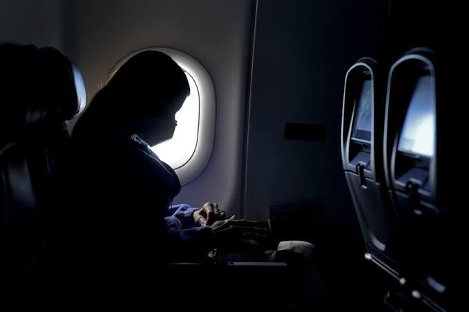 Bajan a pasajero que viajaba de Tijuana a Oaxaca por tener COVID