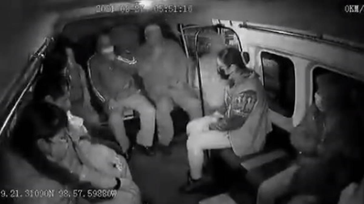 Captan en #video otro asalto al transporte público en el Edomex