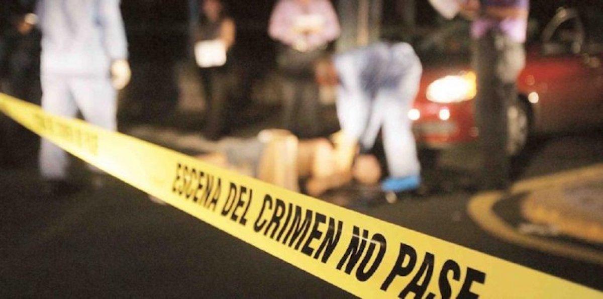 El cuerpo de un hombre fue rescatado de un canal de aguas negras en Toluca