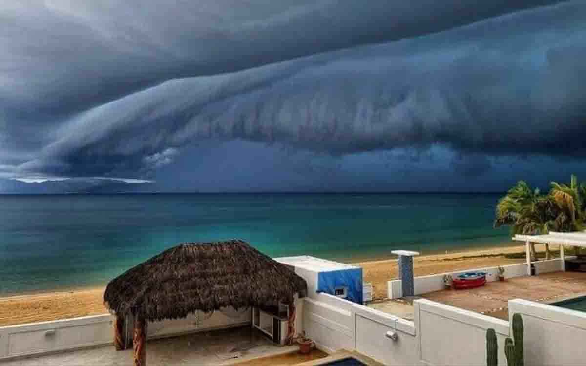 Impacta el cielo de Los Cabos antes de la llegada de Olaf