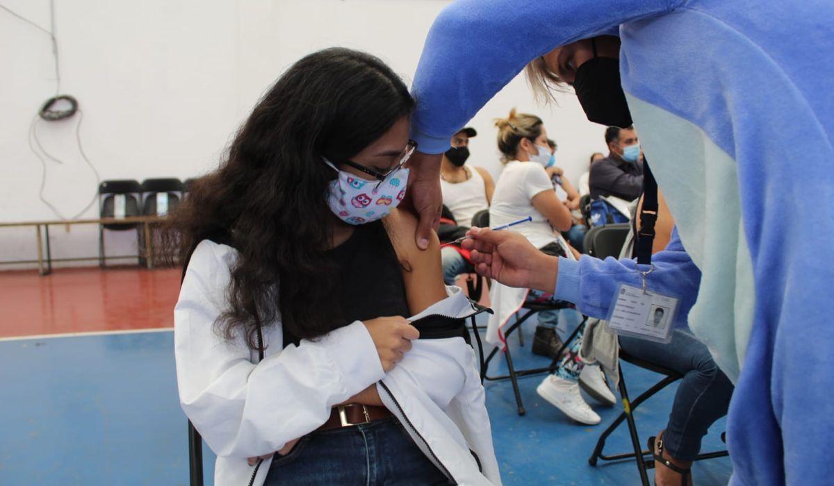 Nuevo calendario de vacunación de 18 a 29 años en Edomex