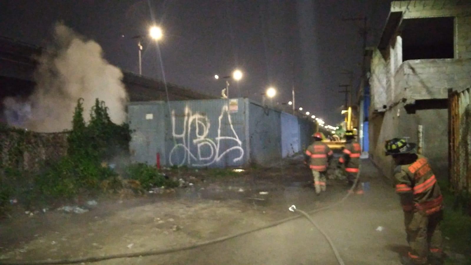 Pemex y Protección Civil de Ecatepec controlan fuga de gas en ducto