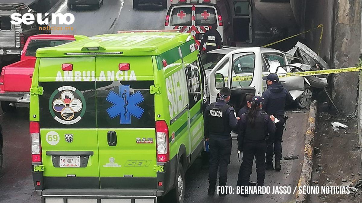 Familia sufre accidente en Toluca; hijo y sobrino sobrevivieron