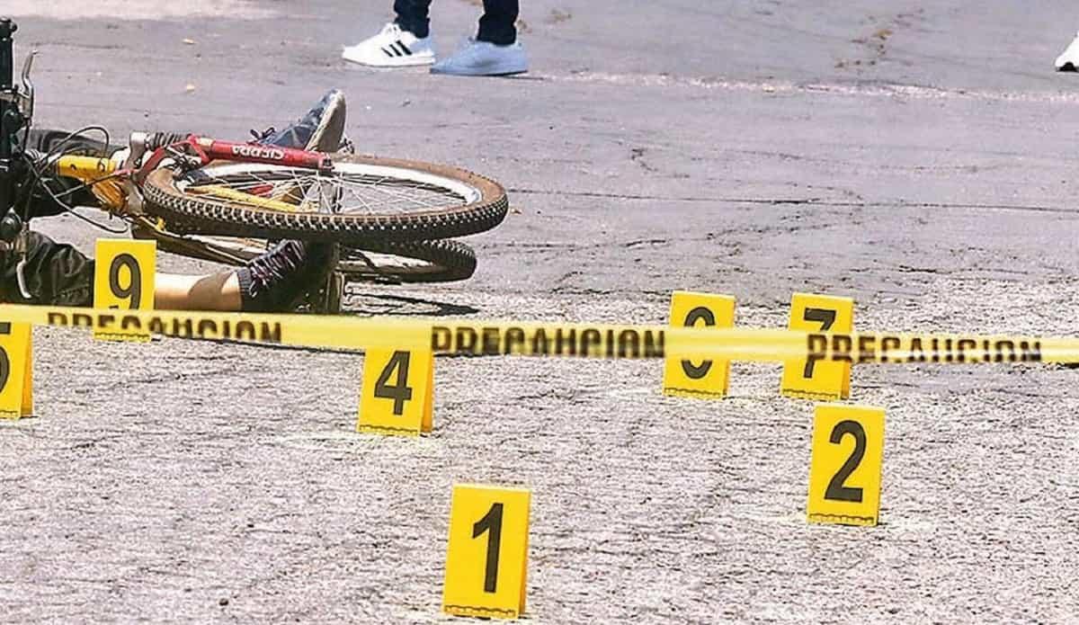 Con 5 disparos ultiman a jovencita que paseaba en bici en Edomex