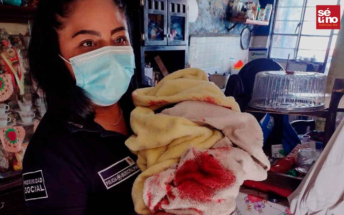 #Video Mujeres policías de Ecatepec auxilian a madre e hijo en el parto