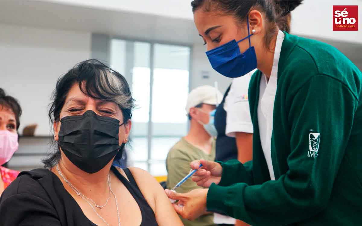 Aplican 25 mil segundas dosis apersonas de 40 a 49 años en Ecatepec