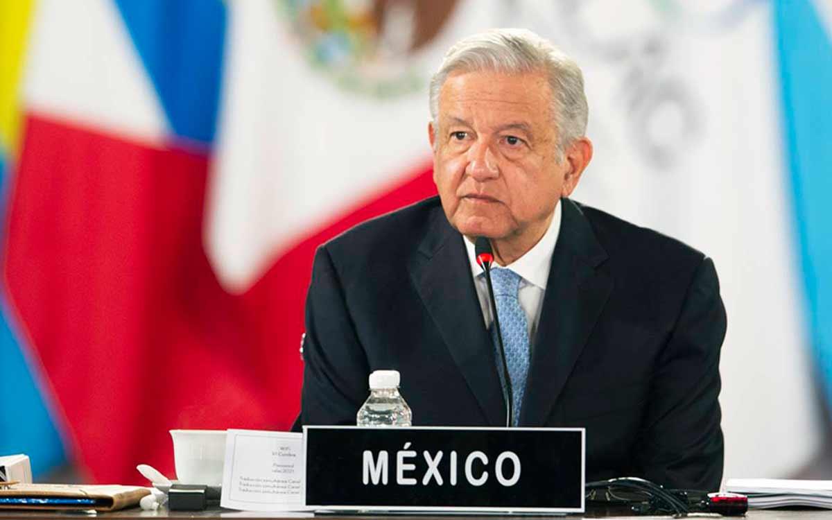 Declaran venezolanos exiliados persona non grata a López Obrador