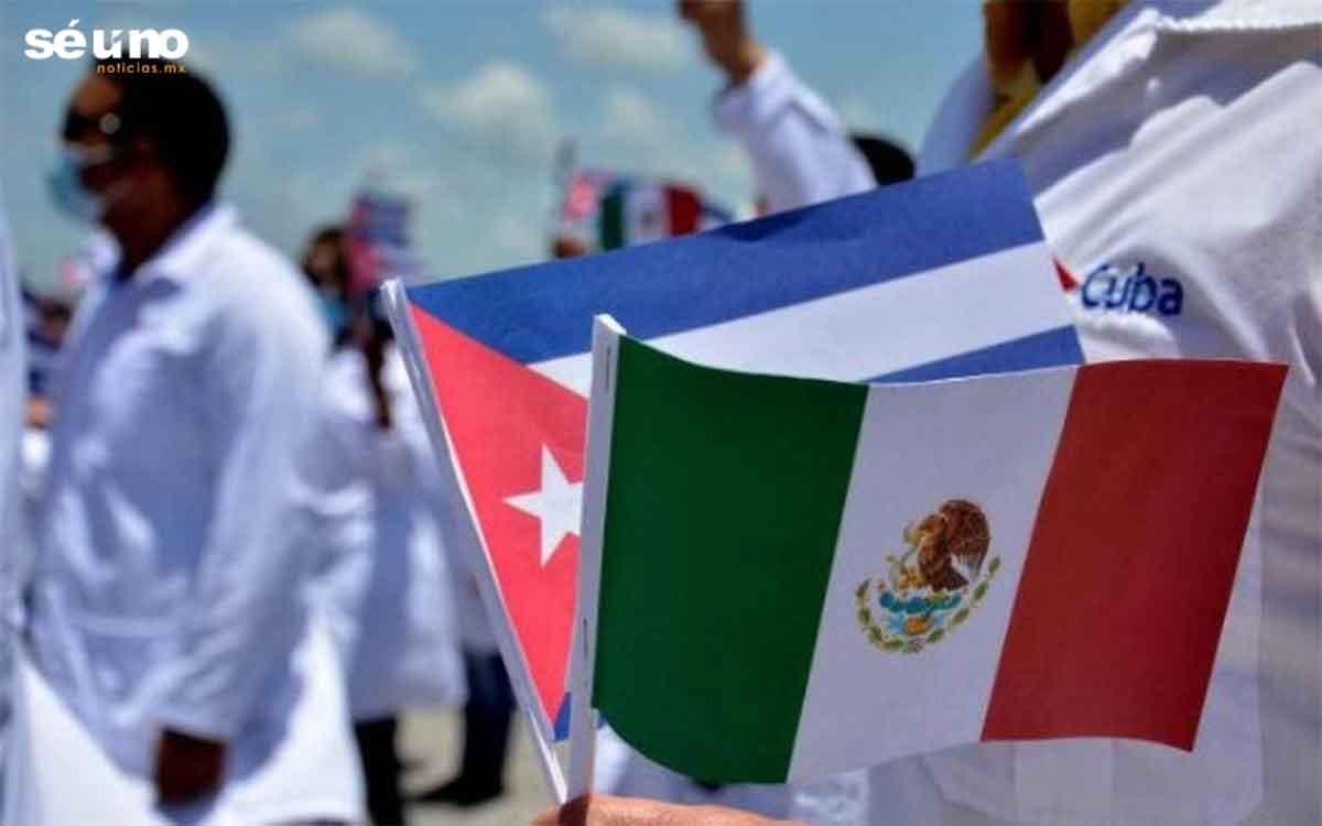 Gobierno de AMLO pagó 255 mdp para traer médicos cubanos a México
