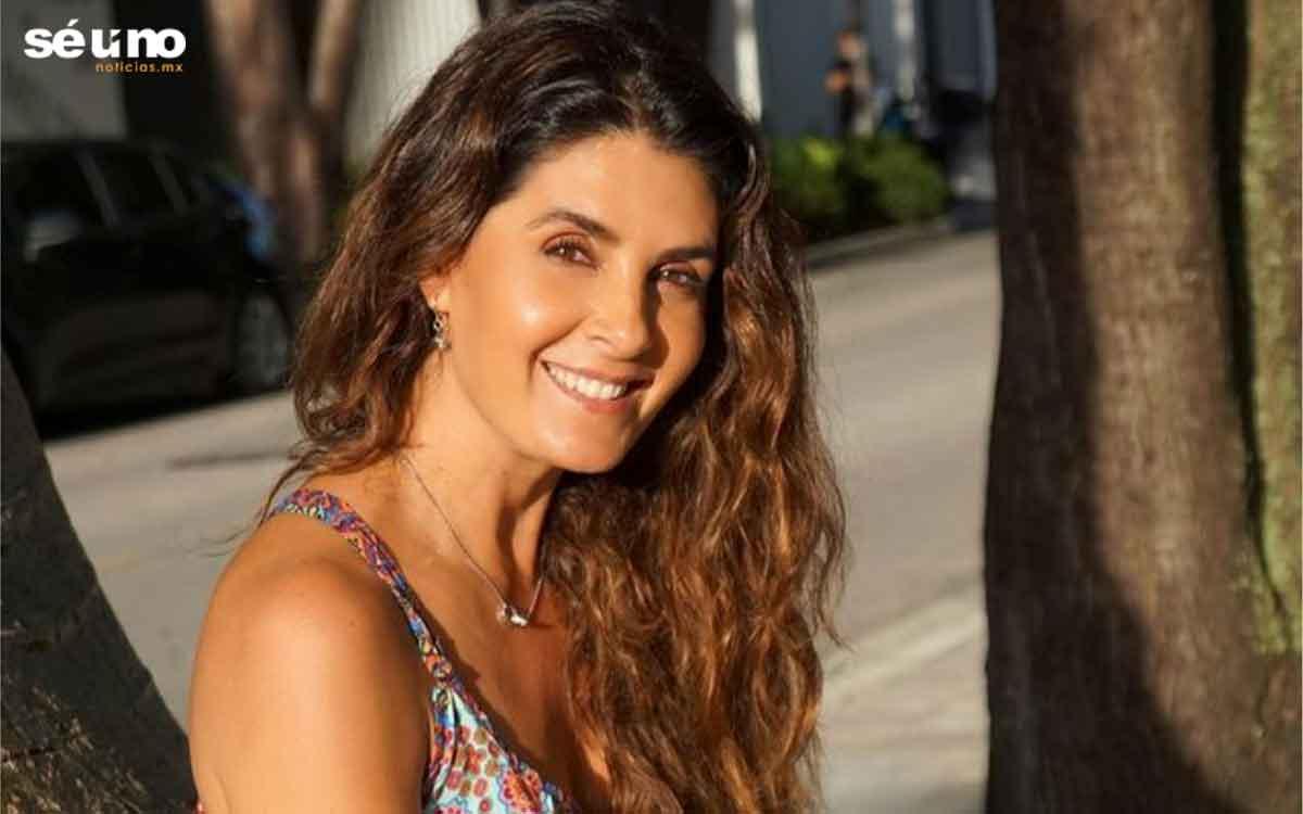 Mayrín Villanueva cautiva a las redes con su nuevo look