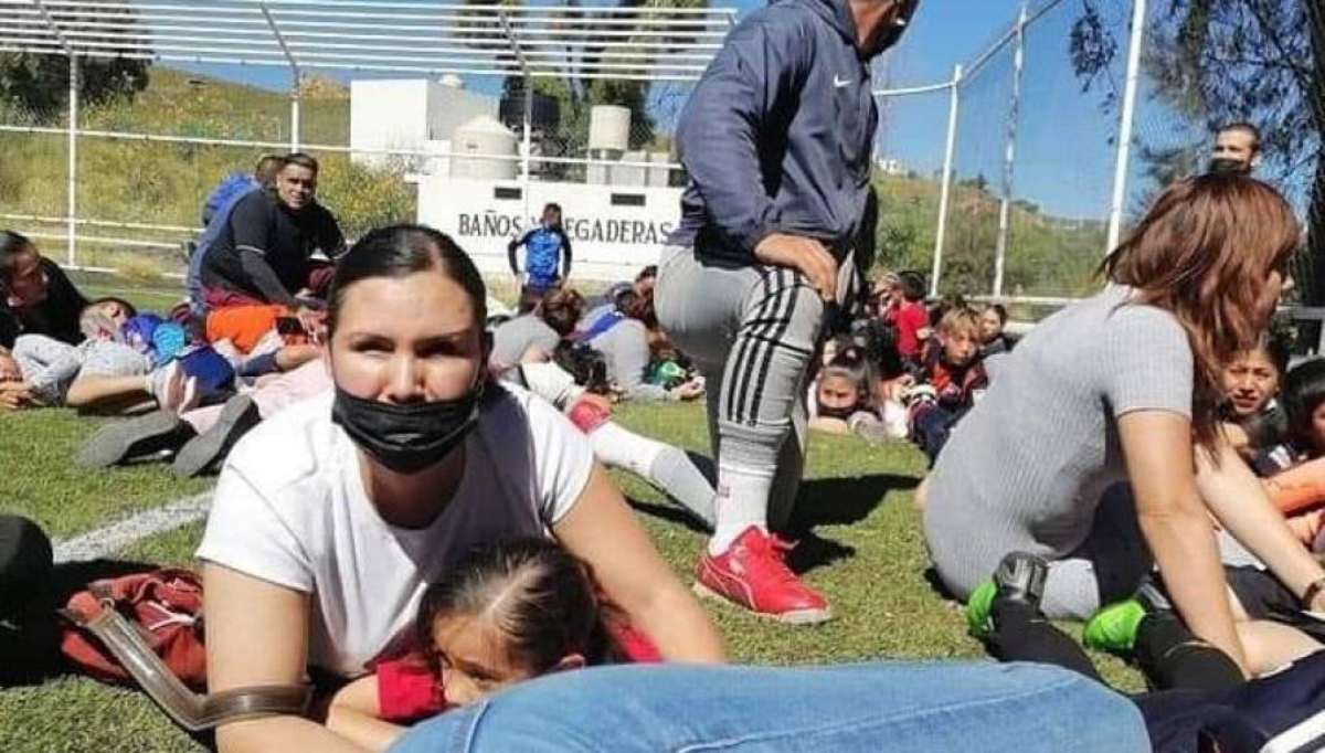 Pánico en Zacatecas tras balacera en partido de fútbol, 4 policías muertos