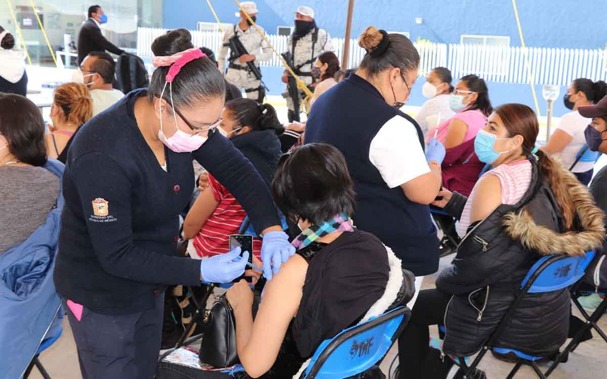 Huixquilucan logra vacunar al 100% de la población mayor de edad