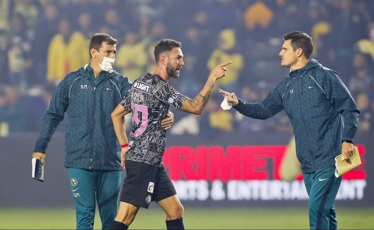 Denuncia Miguel Layún racismo por parte de árbitro