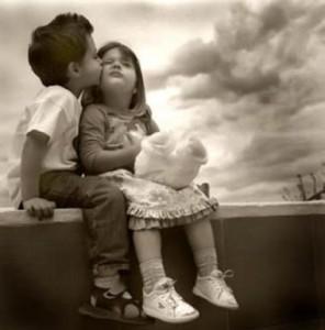 Niños enamorados, Amor entre ninos, cariño, amistad infantil