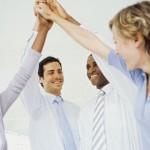 actitud positiva, consejos, éxito, buenas relaciones personales, empresarios, oficina, compañerismo
