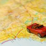 viaje, carretera, automovil, carro, auto rojo, mapa,