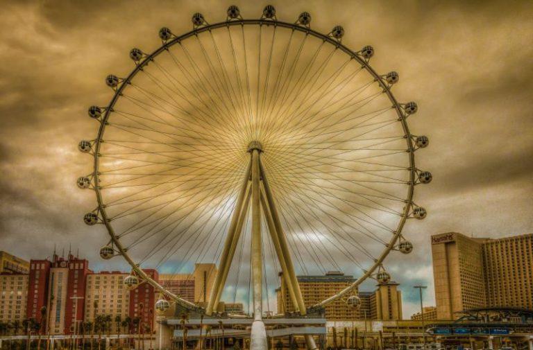 Развлечения Лас-Вегаса.  Самое большое колесо обозрения в мире
