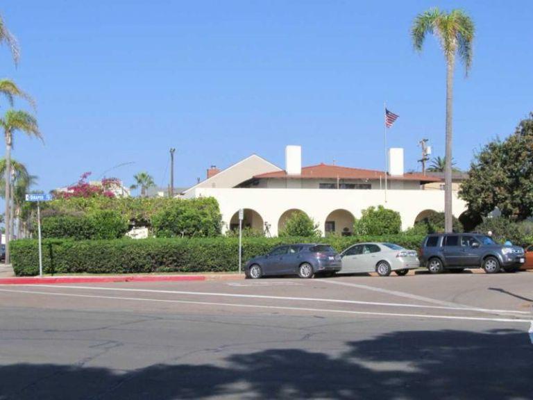 Ла-Хойя (La Jolla) Здание женского клуба (Woman's Club)