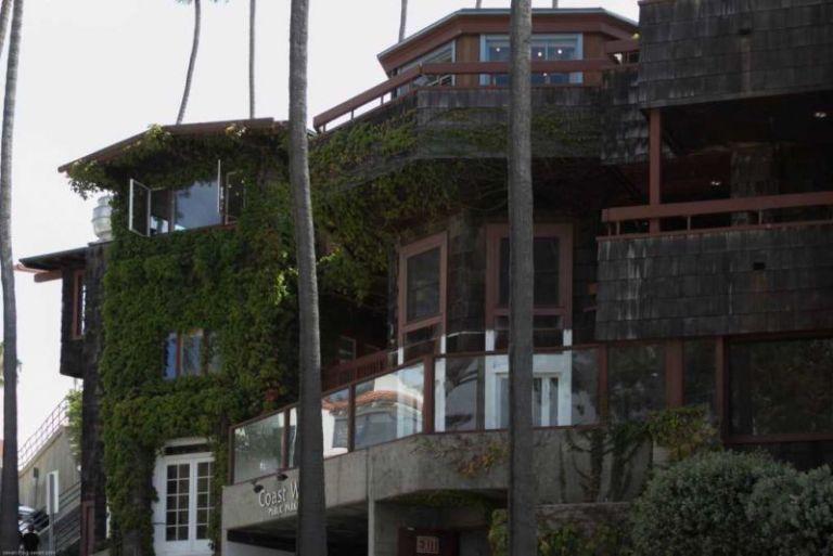 "Ла-Хойя (La Jolla) дом из ""Green Dragon Colony"" вид с Coast Blvd."