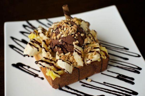 Портленд. Honey Toast Càfe. Honey Toast Вперед Бананы