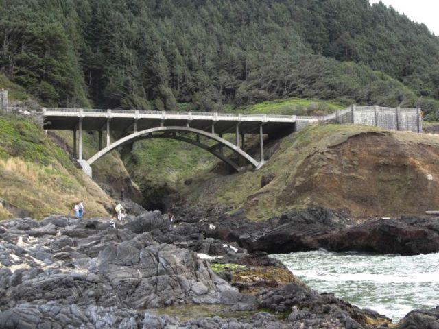 Мыс Перпетуа. Мост над Расщелиной Кука