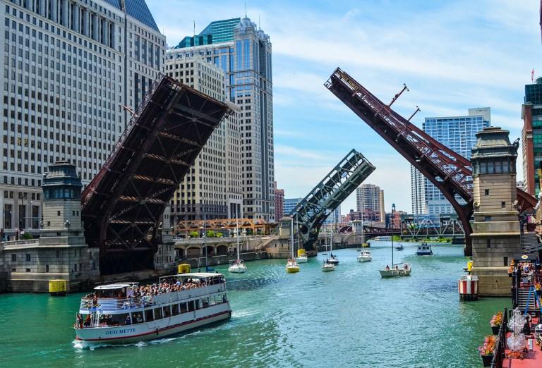 Чикаго. Достопримечательности. Разводные мосты на реке Чикаго