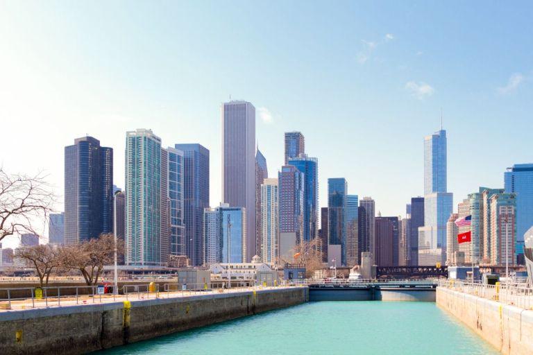 Чикаго. Вид на город с озера